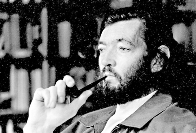 PARIS, FRANCE - november 27. Argentinian writer Julio Cortazar at home in Paris. Photo Ulf Andersen / Getty Images Julio Cortazar