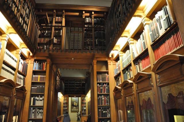 Biblioteca de la Opéra Garnier en Paris, Francia