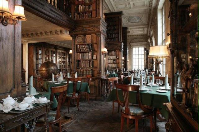 Biblioteca del Café Pushkin (Moscú)