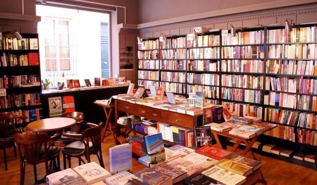 Librería Book in Bar, Aix-en-Provence, Francia