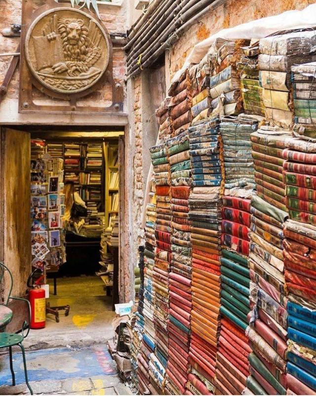 Libreria Acqua Alta. Venecia