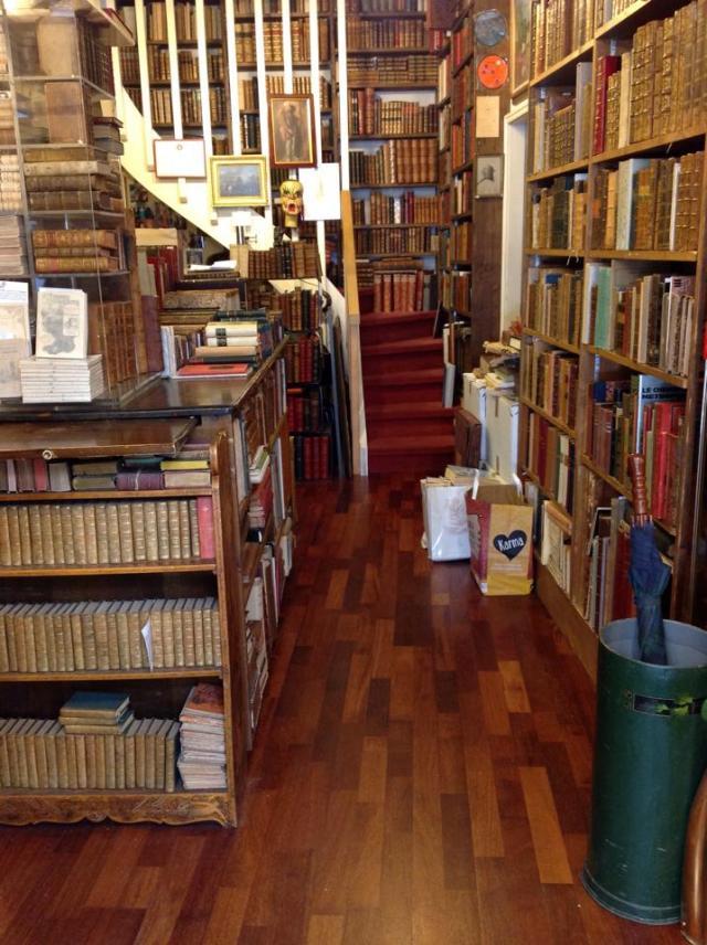 Librería anticuaria a cincuenta metros de la casa de Borges en Ginebra.2