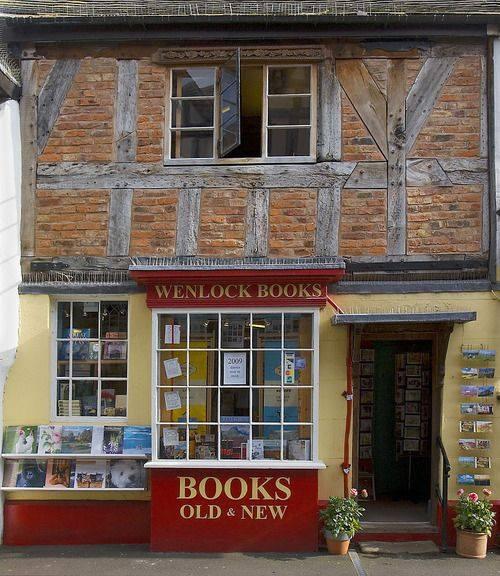 La librería Wenlock Books, emplazada en un singular edificio del siglo XIV, es el corazón cultural de la comunidad de Munch Wenlock, en el Reino Unido.