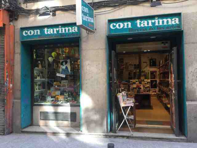 Librería Con tarima. Libería de las artes. Madrid