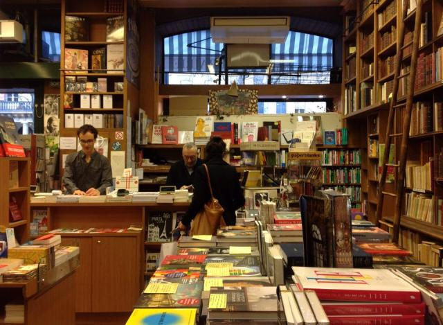 Librería Delamain, la librería más antigua de París. 3