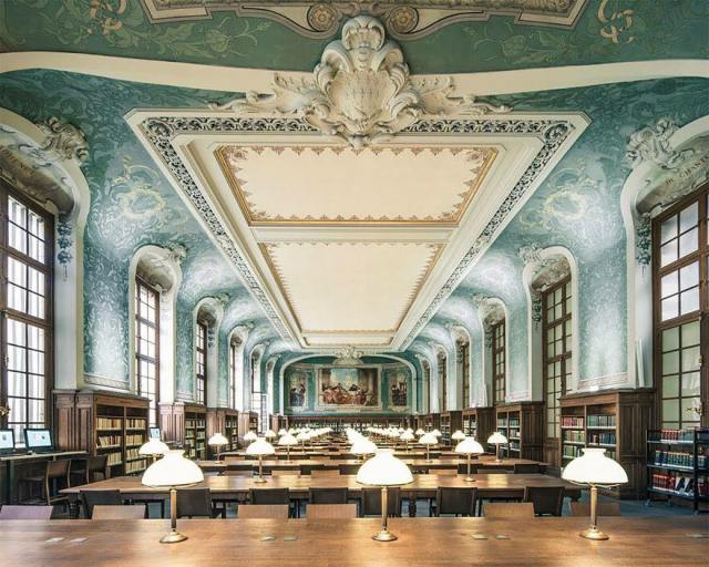 Biblioteca Interuniversitaria de la Sorbona, París.
