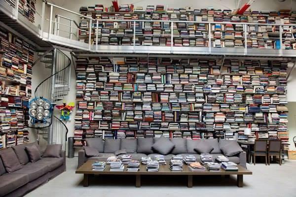 Biblioteca de la casa de Karl Lagerfeld