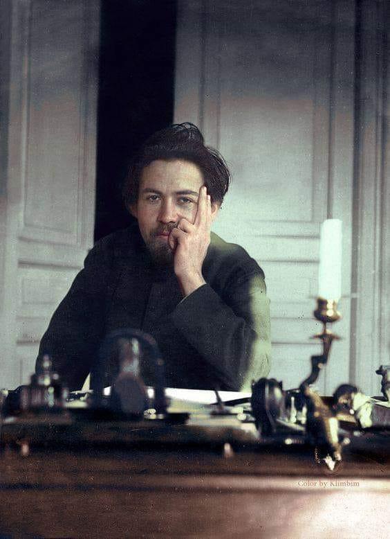 Chéjov a color- Antón Chéjov, escritor ruso, fotografiado por su hermano Alejandro, en el año 1891.