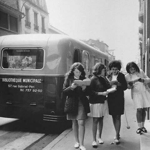 antigua biblioteca móvil (francia, años 60)