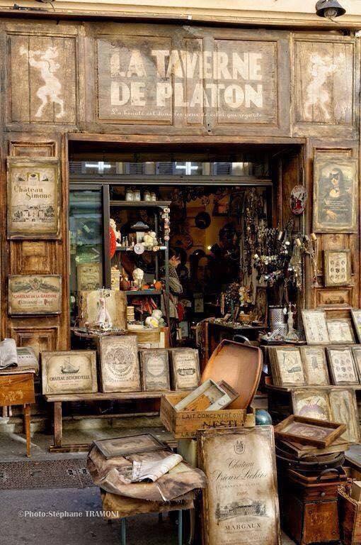 libreria la taverne de platon (francia)