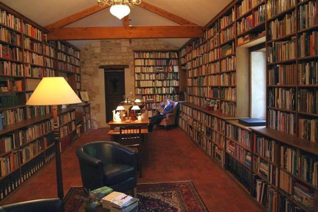 Biblioteca privada del escritor Alberto Manguel